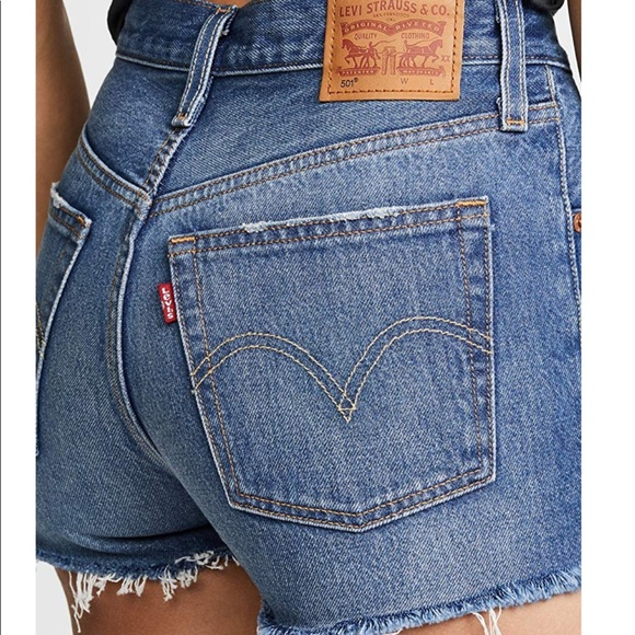 Levi's Pants - Levi's 501 high rise cut off short, size 25